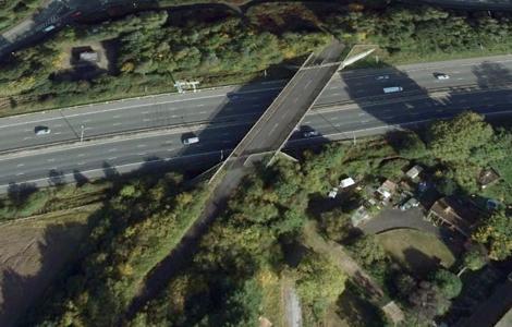 M4 bridge